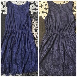 Navy romantic lace sleeveless dress