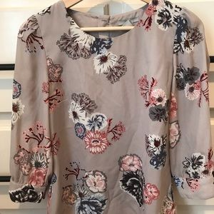 Gray floral h&m top