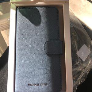 Michael kors iPhone 7 plus denim folio case