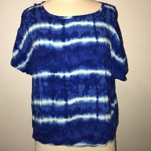 Blue tie dye shirt 💙