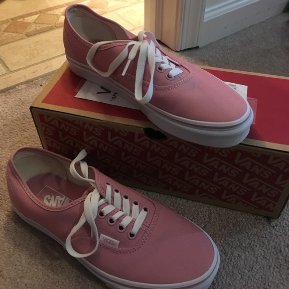 NWT Authentic Pink Vans f95481dc9
