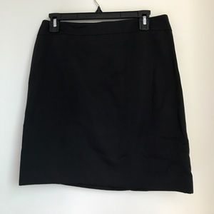 Ann Taylor Size 4 Suiting Skirt