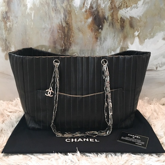 99% off CHANEL Handbags - Chanel Mademoiselle Black Quilted Chain ... : chanel quilted chain bag - Adamdwight.com