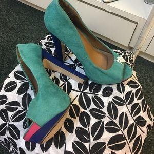 Size 10 High heel platforms