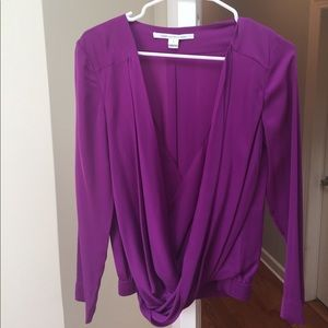 GORGEOUS DVF Silk Plunging Twist Front Blouse