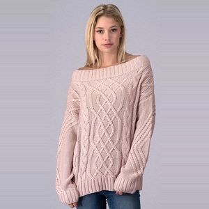 Sweaters - 💖Cold Shoulder Sweater💖