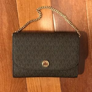 Michael Kors mini wallet/bag