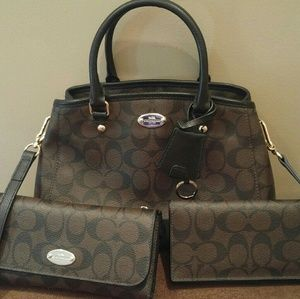 Coach Signature Purse/Wallet/Checkbook Set