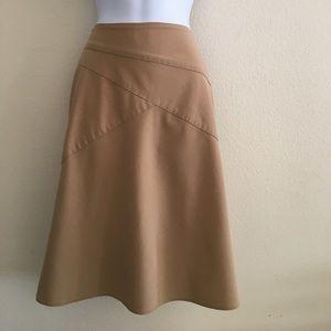 Dresses & Skirts - Tan, fall and winter skirt! 🍁