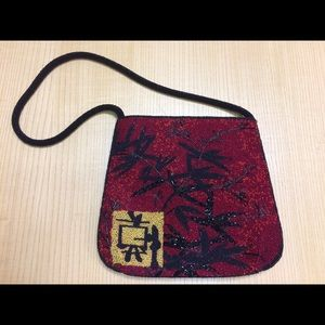 Chicos woman Purse beautiful decorated red black
