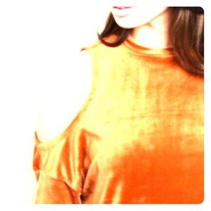 Tops - Amber Velour cold shoulder top