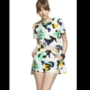 Brand New Abstract high Fashion Top Sz. S