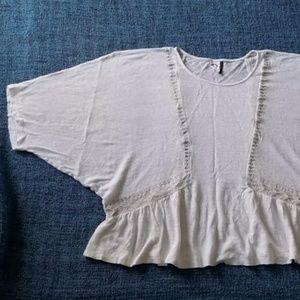AKEMI + KIN White Linen Boho Dolman Style Top