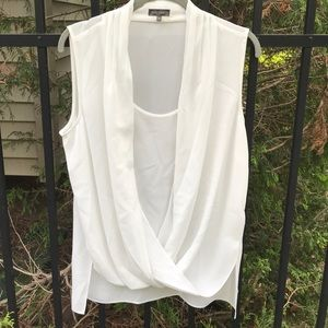 NWT Vince Camuto sleeveless blouse
