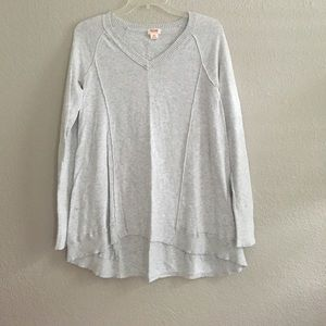 Mossimo Gray Vneck Tunic Sweater