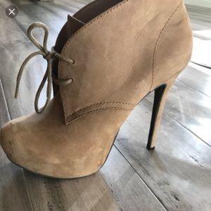 STEVEN MADDEN platform ankle boot/bootie