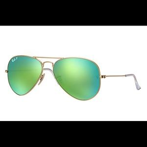 Ray Ban Unisex Aviator Gold Rim