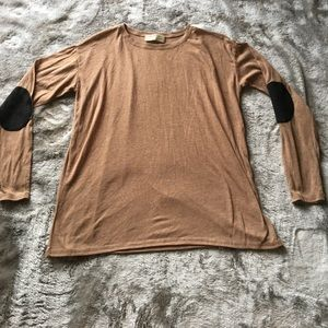 SUPER CUTE! Zara sz M LS top with elbow patches