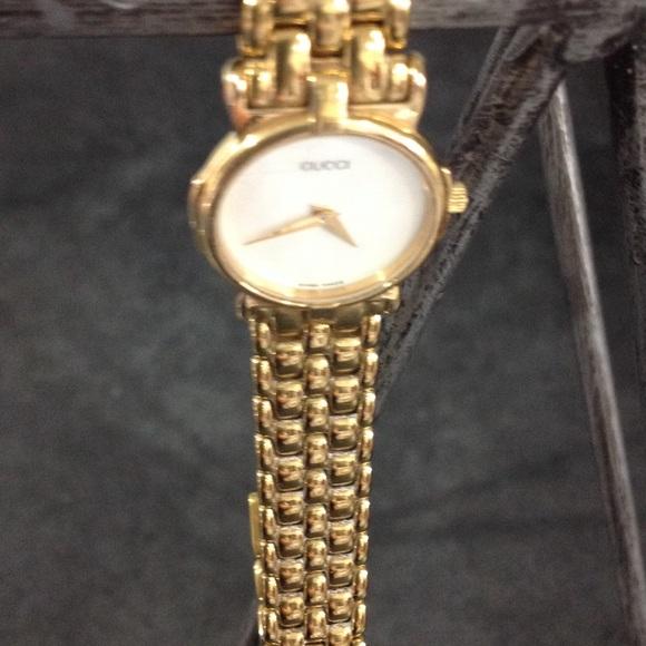 7c24ef1ea20 Gucci Accessories - Gucci watch 3400 L