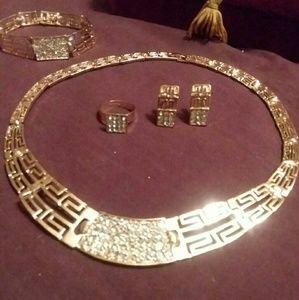 Jewelry - 🎈SALE🎈Fashion jewerly set