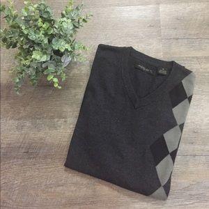 Axist men's sweater vest