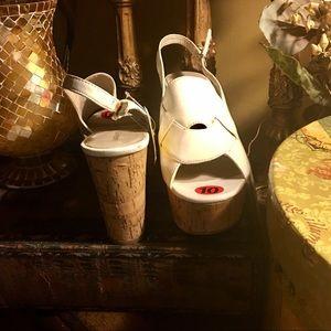 White Platform Sandals ⚓️