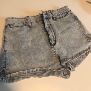 Bullhead shorts