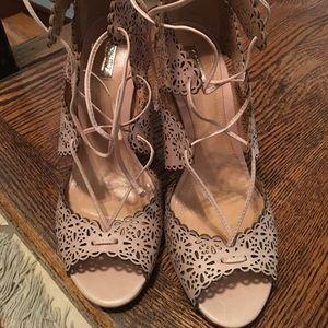 Schutz Arieli high heels laser cut lace sandals