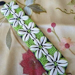 Shell and bead Hawaiian bracelet