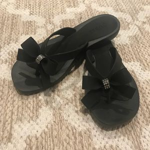 Guess Sandals Black Size 6 Never Worn