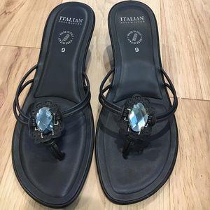 Italian Shoemakers Thong Sandals - Black - Sz 9