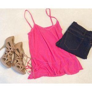 Moda International sz L pink tank top
