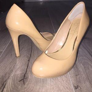 Jessica Simpson nude patent leather pumps