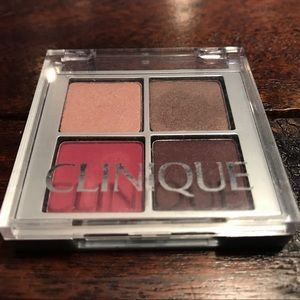Clinique eye shadow - gently used
