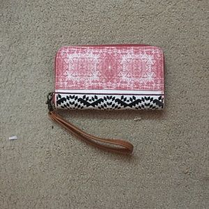 Wristlet wallet with tribal print