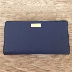 NWT Kate Spade Stacy wallet.