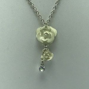 Creme colored drop pendant flowers and rhinestone