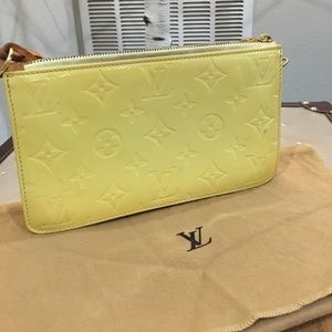 Louis Vuitton Vernis pochette yellow