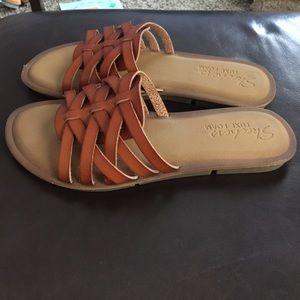Skechers Luxe Foam leather sandals