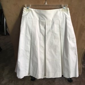 Express White Pleated Skirt (size 0)