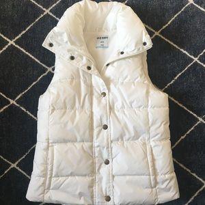 ❄️ Winter white puffer vest! Sz S