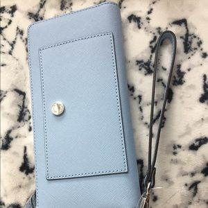 Micheal Kors travel continental Leather wallet