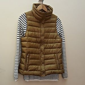 GAP Puffer Down Quilted Vest