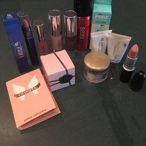 Fantastic makeup bundle!
