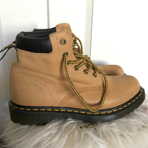 Timberland style Dr Martens