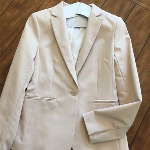 Forever 21 gorgeous fully lined cream jacket