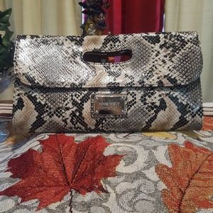 🐍 Nine West Snake Print Faux Leather Clutch