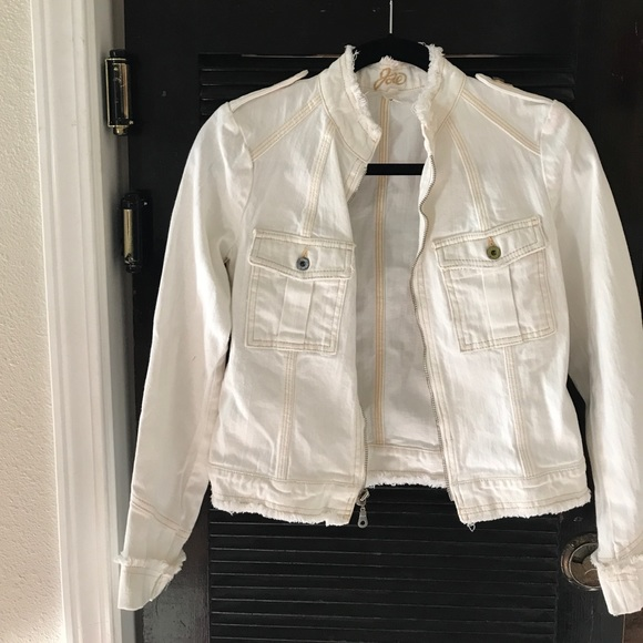 2018 shoes los angeles for whole family Joie off white denim jacket