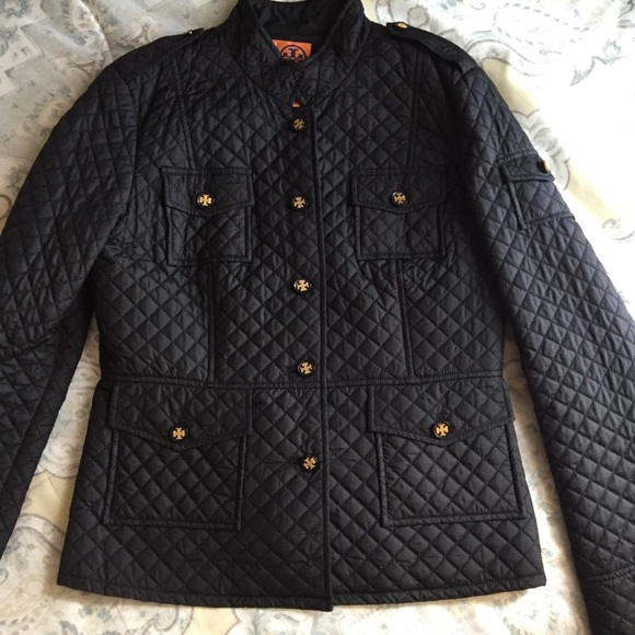 Tory Burch Jackets & Blazers - 💥1 HR. SALE! 💥Tory Burch Black Quilted Jacket