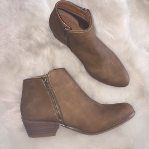 Brand New Ankle Boots 👢